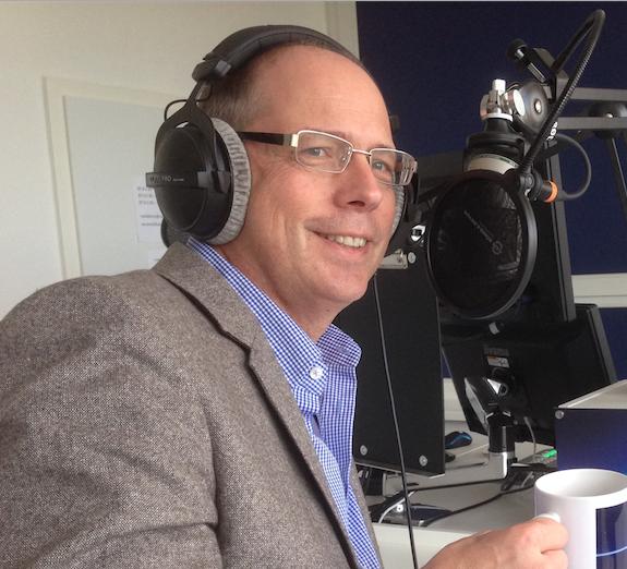 Moderation und Interview im Radio-Studio